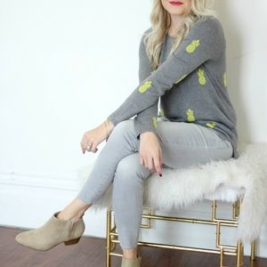 Old Navy Pineapple Grey Yellow Seater size large